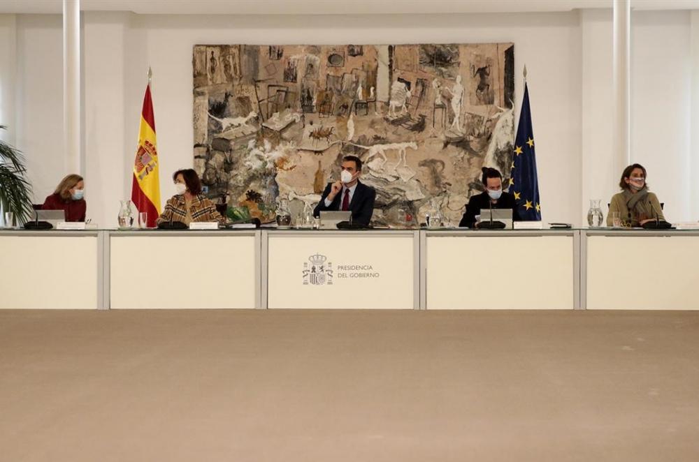 El Gobierno acuerda no subir el Salario Mínimo Interprofesional fijado en 950 euros mensuales