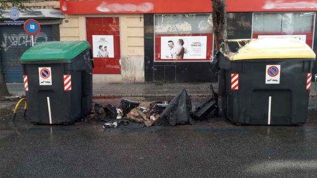 La Policía Nacional detiene al responsable de una quema de contenedores