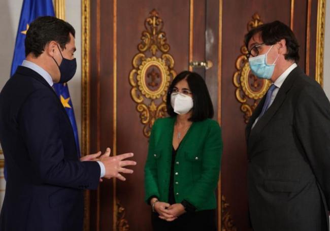 El ministro de sanidad rechaza adelantar el toque de queda o aplicar confinamiento