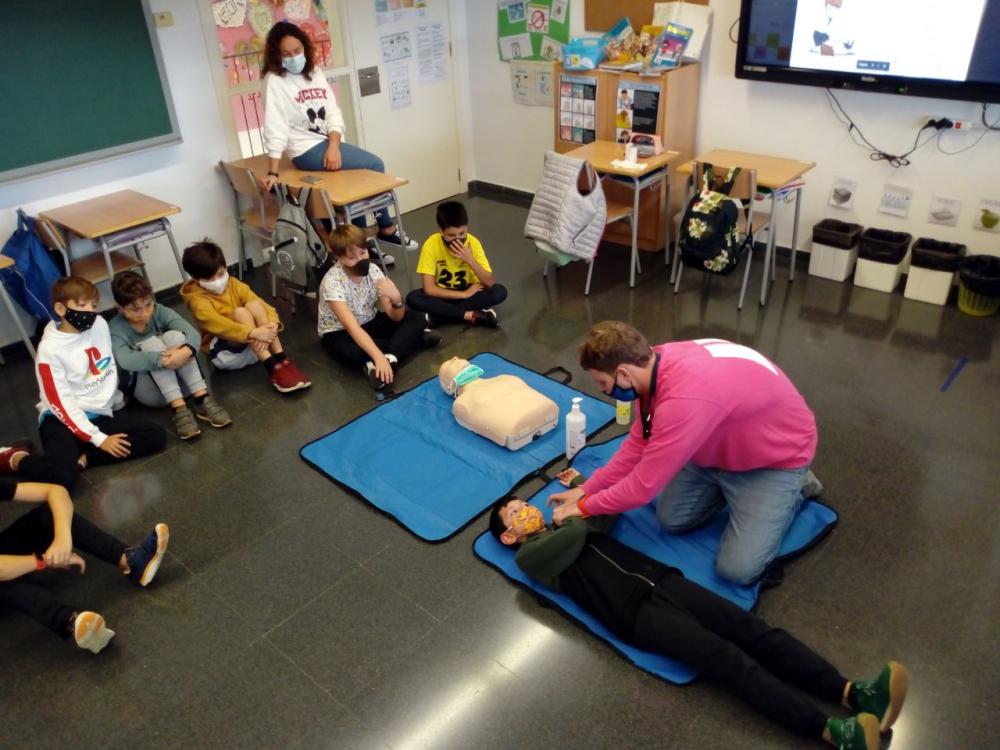 El programa «Suma't» segueix actiu a les escoles: tallers esportius i d'hàbits també durant la pandèmia