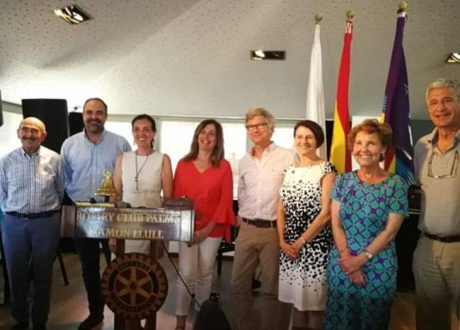Subasta online de cuadros a beneficio de la AECC Baleares