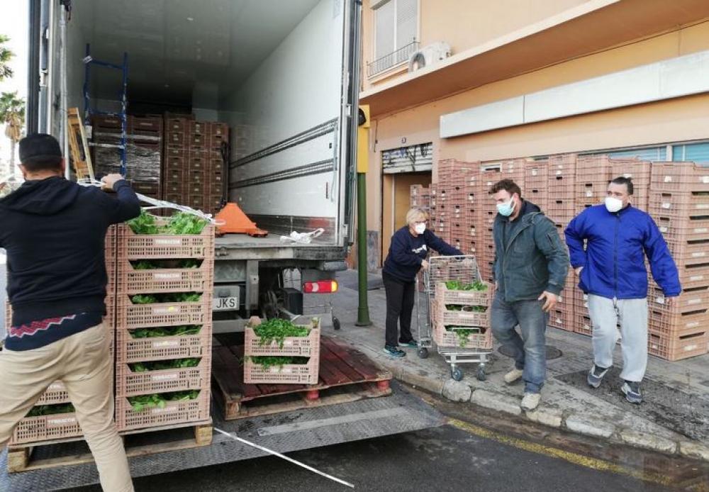 Agricultura ha comprado en dos meses más de 300 toneladas de frutas, verduras, carne y leche a productores locales