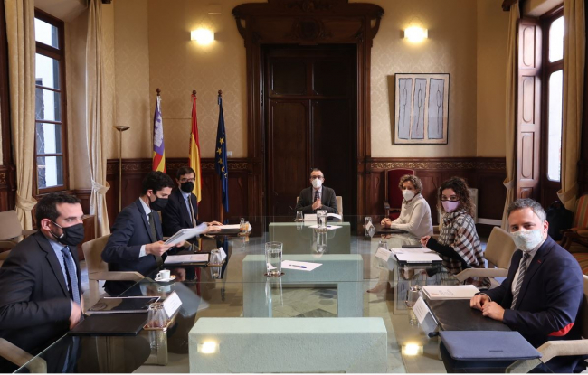 El Govern recibe el apoyo del Gobierno de España para promover la insularidad en Europa