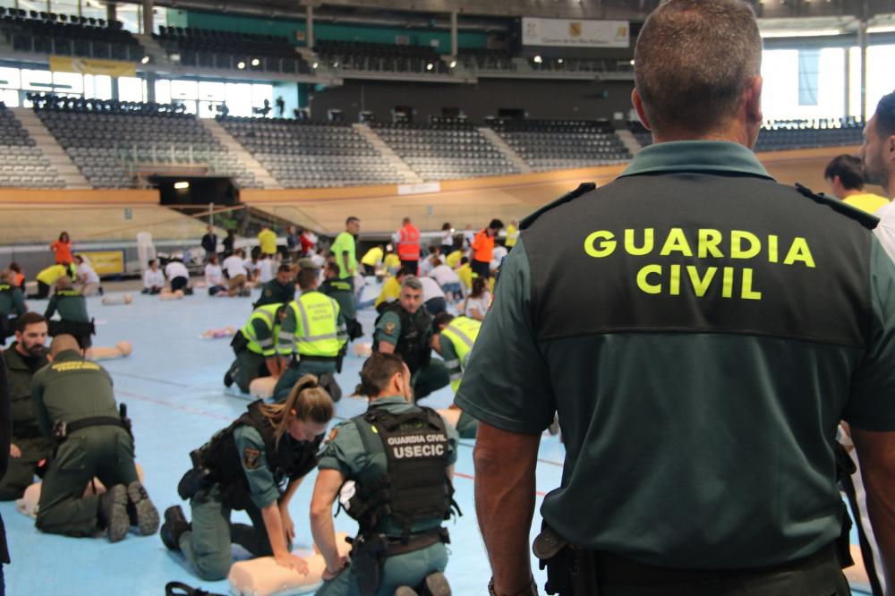 La Guardia Civil de Alcudia auxilia a un hombre que se encontraba en parada cardiopulmonar