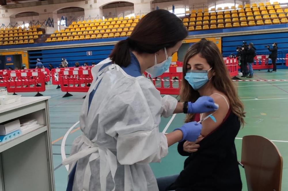 El Servicio de Salud administrará cien mil vacunas esta semana