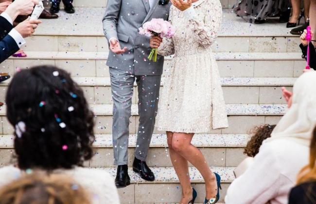 Trucos para posar correctamente para las fotos de boda