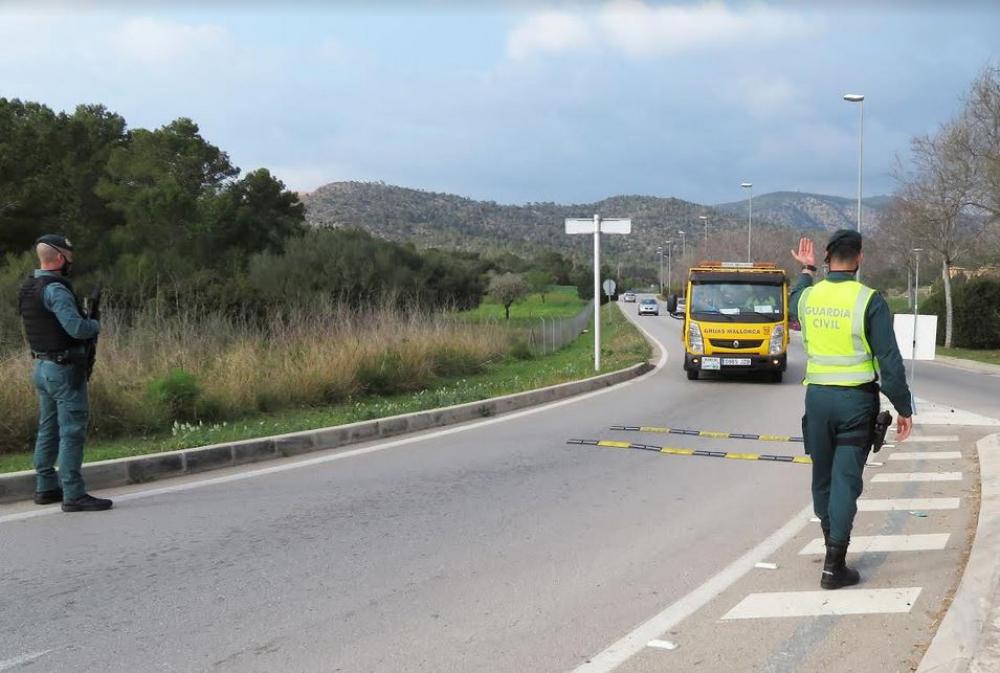 La Guardia Civil detiene a varias personas por tráfico de drogas y robos en la isla de  Mallorca