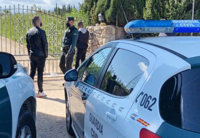 La Guardia Civil neutraliza ocho fiestas ilegales en Mallorca e Ibiza este fin de semana