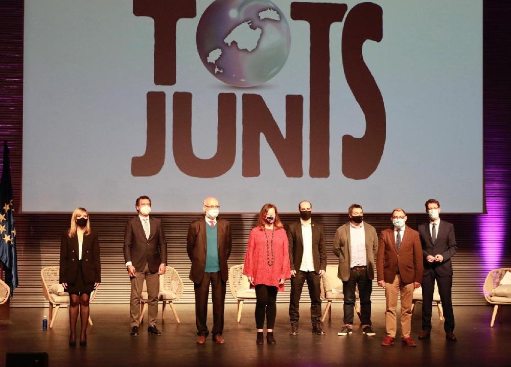 Firma del Pacto por las Illes Balears «Tots Junts»