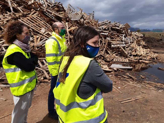 La vicepresidenta Ribot visita la zona afectada por el incendio de Marratxí