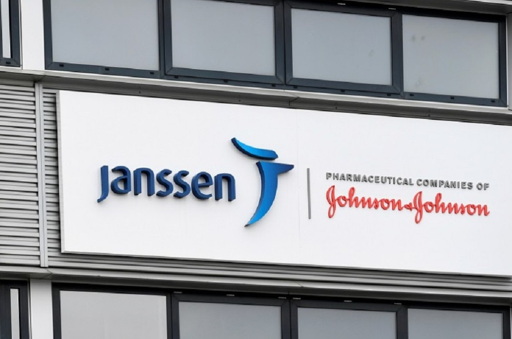 Janssen paraliza la distribución de su vacuna en Europa