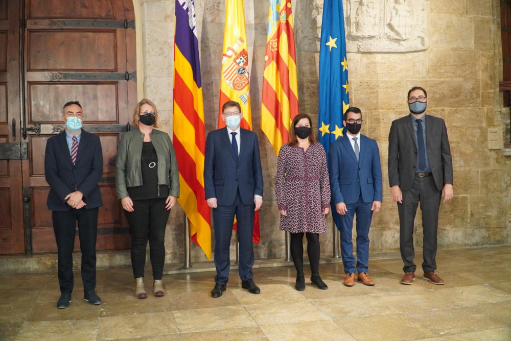 Baleares y Valencia piden que las PCR a turistas se paguen con fondos europeos