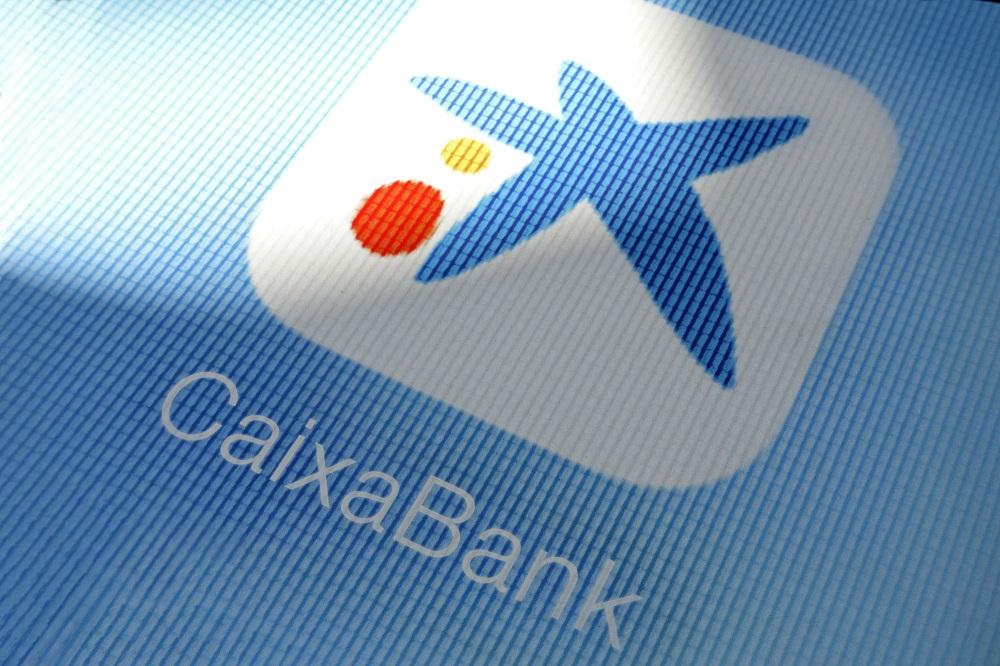 CaixaBank: recortará 8.291 empleados y el cierre de 1.534 oficinas