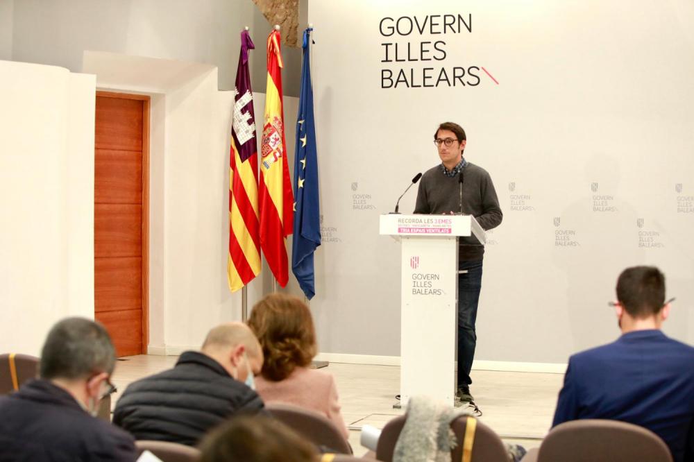 Los bares y restaurantes de Mallorca podrán abrir en el exterior también de 20.00 a 22.30 de lunes a jueves