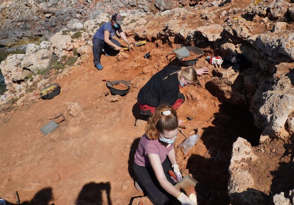 El yacimiento prehistórico de la Ferradura de Porto Cristo, la fortificación más antigua de Mallorca