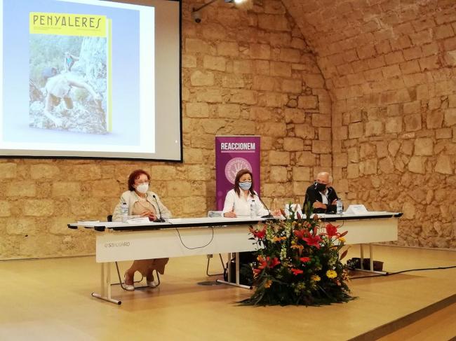 """El IBDona presenta el libro """"Penyaleres: Mujeres, excursionismo y montañismo en las Islas Baleares"""""""