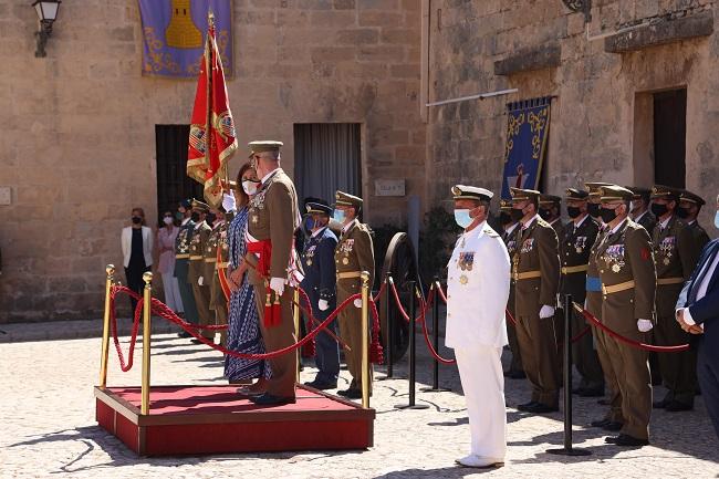 Armengol asiste al acto de celebración del Día de las Fuerzas Armadas