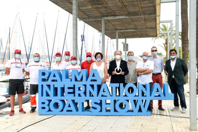 La feria náutica de Palma reconoce la labor humanitaria y de salvamento marítimo de la Cruz Roja del Mar