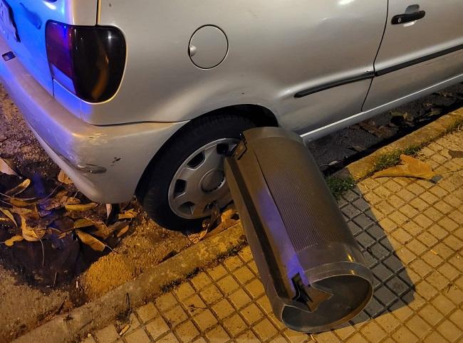 La Policía Nacional detiene a dos jóvenes por dañar hasta nueve vehículos en la vía pública y mobiliario urbano