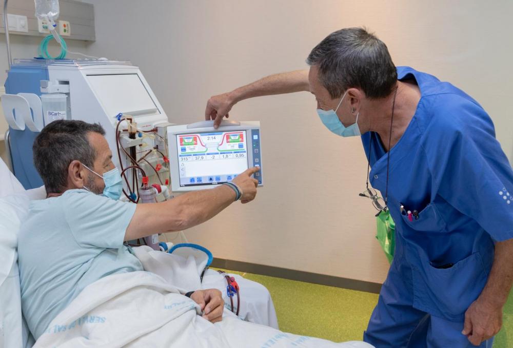 Son Espases implanta el programa de hemodiálisis domiciliaria para pacientes renales avanzados