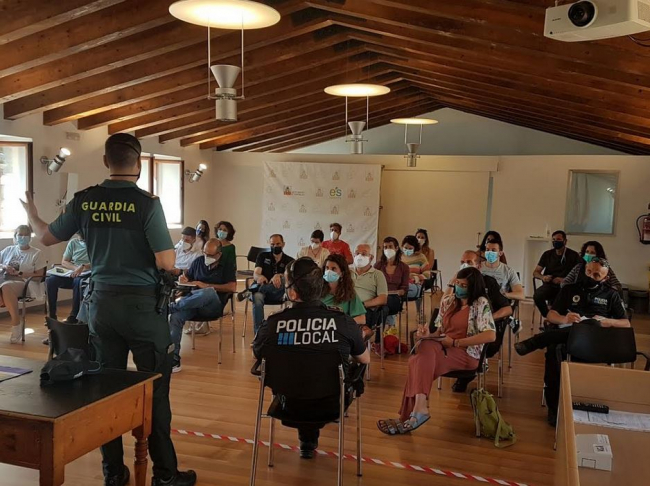 La Guardia Civil y el Ajuntament de Esporles organizan una reunión de coordinación territorial