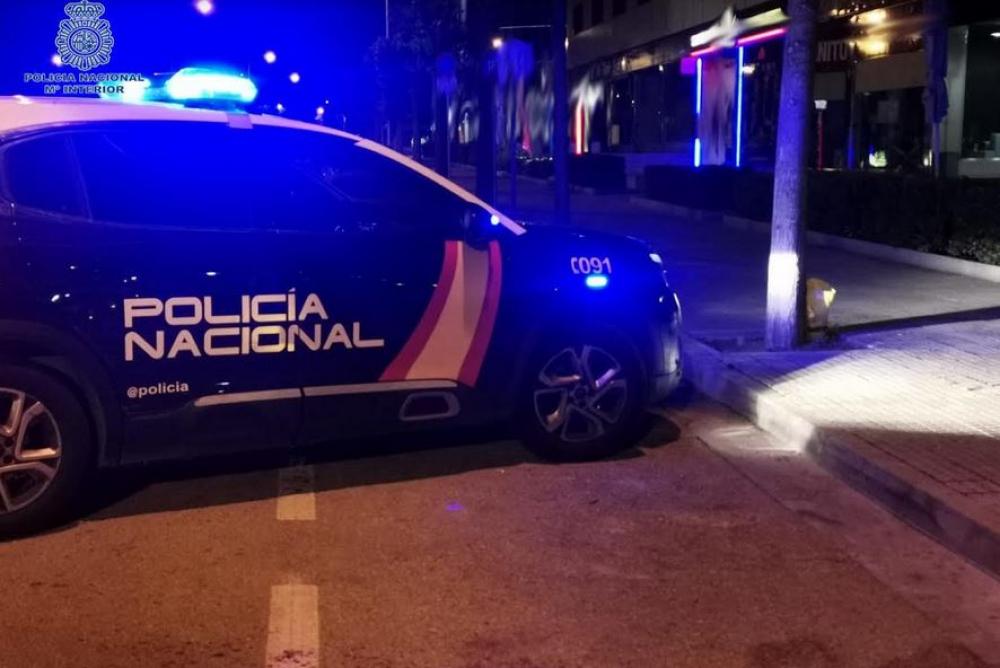 Detenido cuando estaba sustrayendo las ruedas de varios coches en Palma