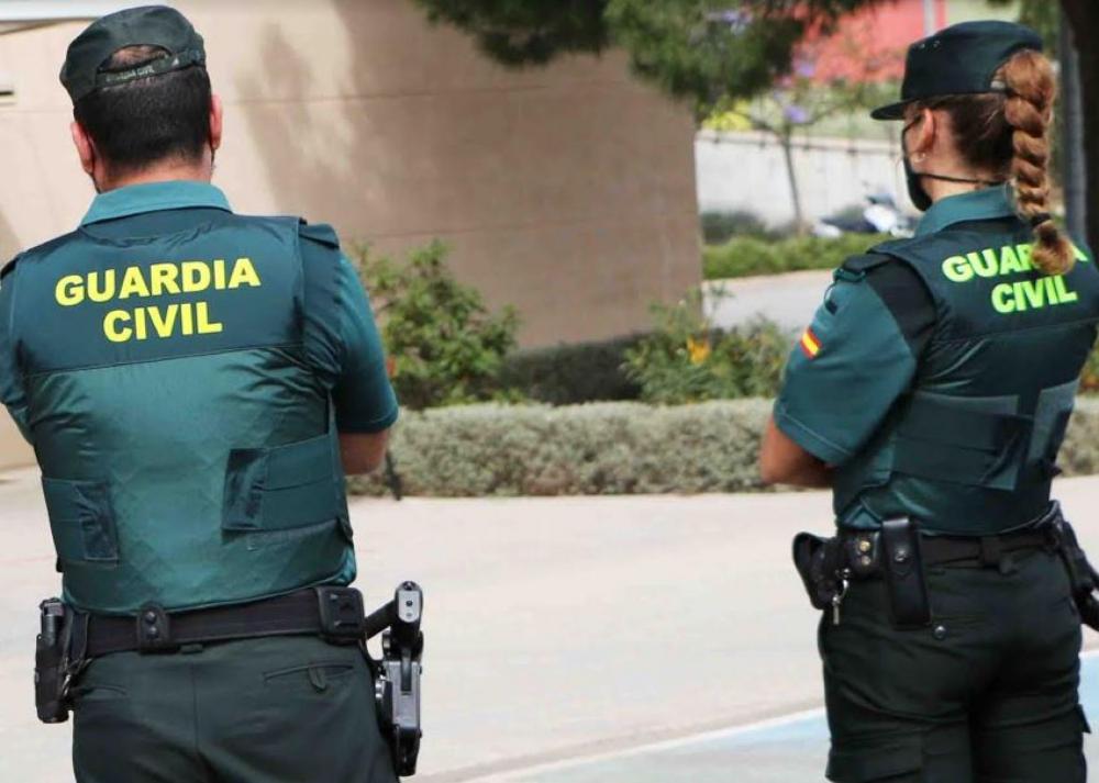 La Guardia Civil ha detenido a un hombre por robo con violencia y lesiones en Muro