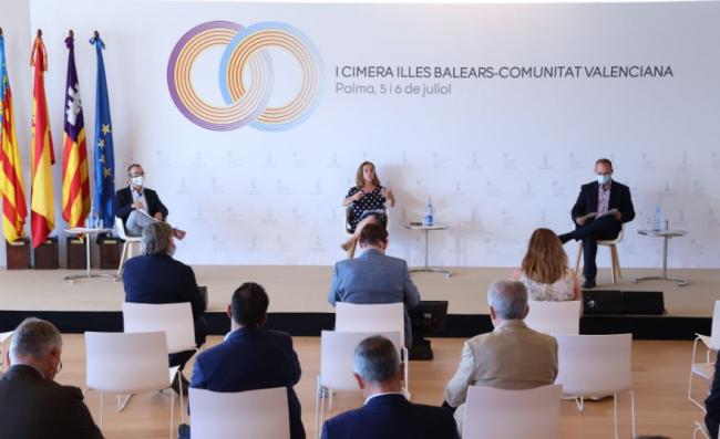 Los gobiernos balear y valenciano reclaman una ley de vivienda estatal que permita regular el precio del alquiler en zonas tensionadas