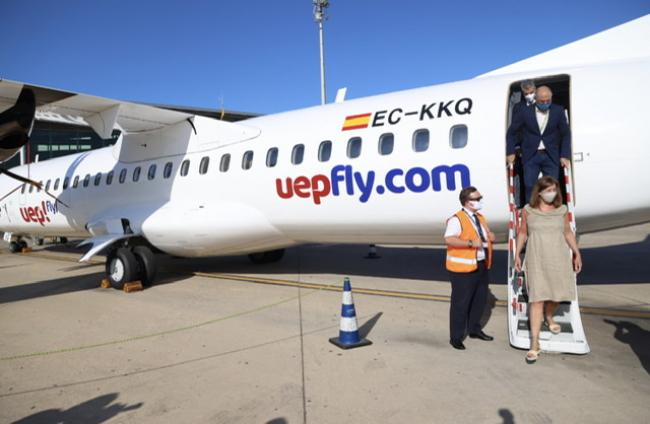 Armengol y Marí asisten al acto inaugural de las nuevas rutas interislas de la compañía Uep Fly