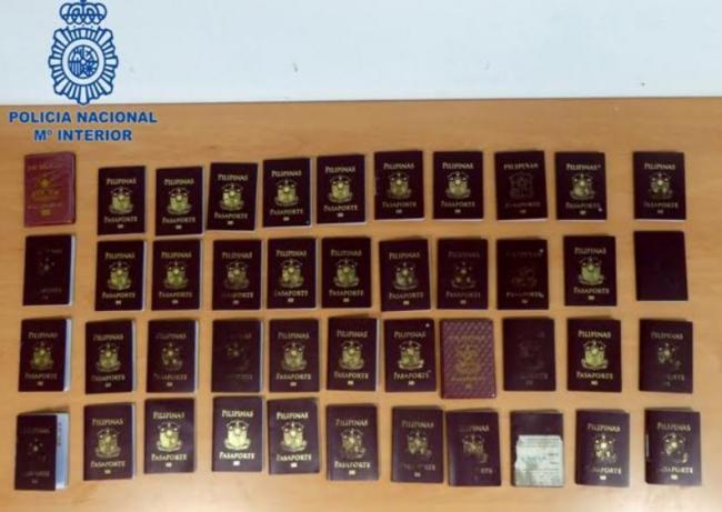 La Policía Nacional detiene en Ibiza a 50 ciudadanos filipinos por acceder irregularmente en Europa con visados falsificados