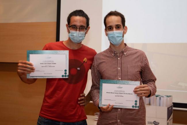 La Fundación Mutual Médica entrega el Premio al mejor MIR a los doctores Alfredo Manual Santos y Rafael José Campos