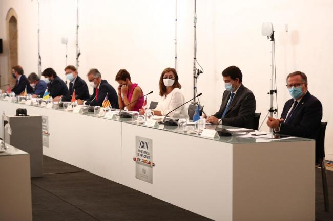 Armengol plantea en la conferencia de presidentes que el Estado haga frente al reto demográfico de la superpoblación