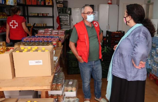 Agricultura ha comprado en un mes 30 toneladas de carne, hortalizas y leche para las entidades sociales de Menorca