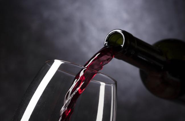 Regala vinos personalizados