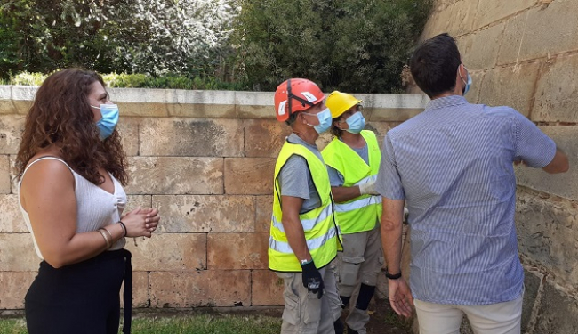 Comienzan los trabajos de mejora del mantenimiento de la muralla de Palma