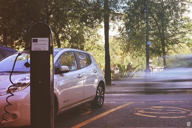 Amplían las subvenciones para puntos de recarga de vehículos eléctricos