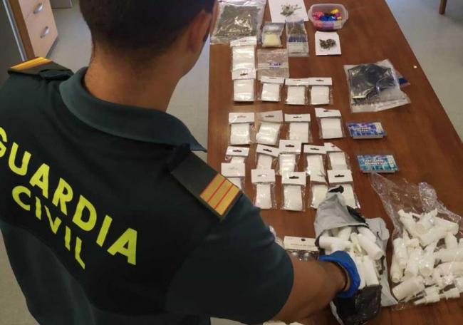 La Guardia Civil ha detenido a un hombre por tráfico de drogas en Sant Josep