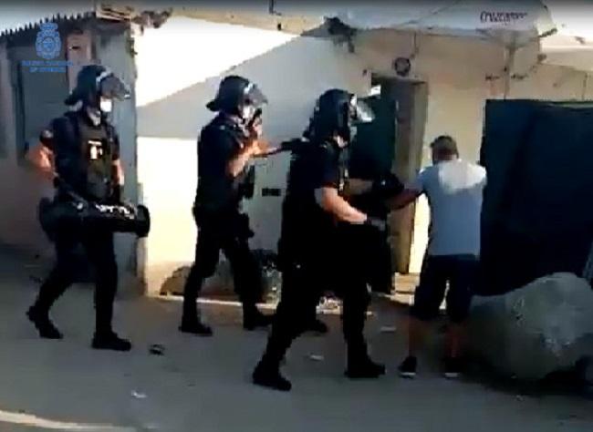 La Policía Nacional detiene a dos hombres por varios robos en trasteros de los que sustrajeron escopetas de caza