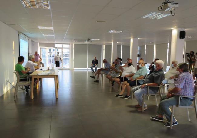 Celebran la primera jornada de pesca científica en el Club Náutico de s'Arenal