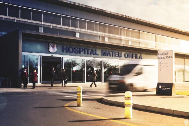 Endesa, candidata para la instalación de placas fotovoltaicas en el aparcamiento del Hospital Mateu Orfila