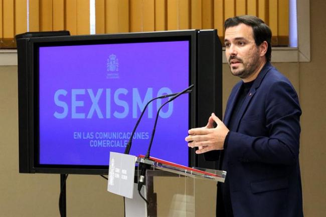 Garzón ha financiado un estudio sobre el sexismo en la publicidad