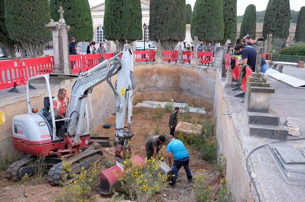 Empieza la segunda fase de excavaciones en el cementerio de Son Coletes