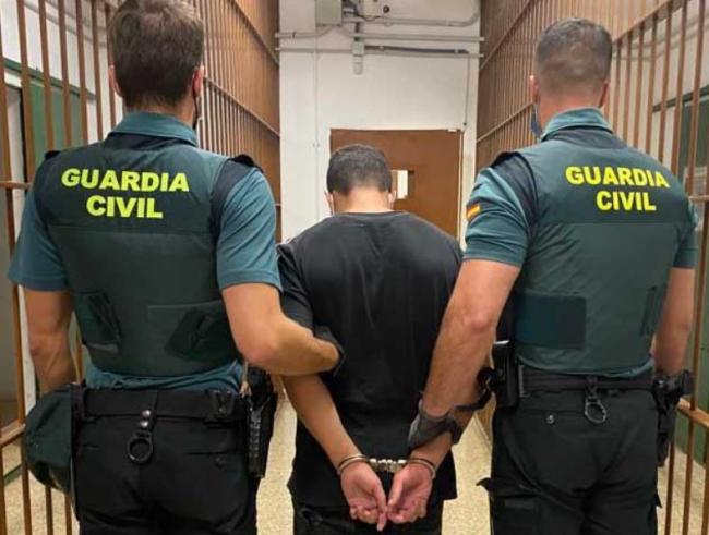 La Guardia Civil ha detenido a un hombre en Santa María del Camí por abusos sexuales