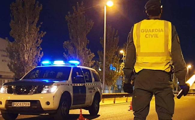 La Guardia Civil junto con Policía Local de Sant Antoni de Portmany realizó este fin de  semana un dispositivo de Seguridad Ciudadana